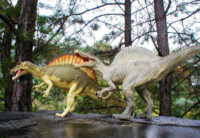 Скульптуры Spinosaurus